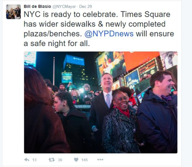 A New York-i rendőrség a közösségi média segítségével hívja fel a lakosság és a vendégek figyelmét a biztonsági előírásokra. Bill De Blasio New York polgármestere a Twitteren biztosította a lakosságot, hogy a New York-i rendőrség biztonságossá teszi a szilveszter éjszakát mindenki számára.